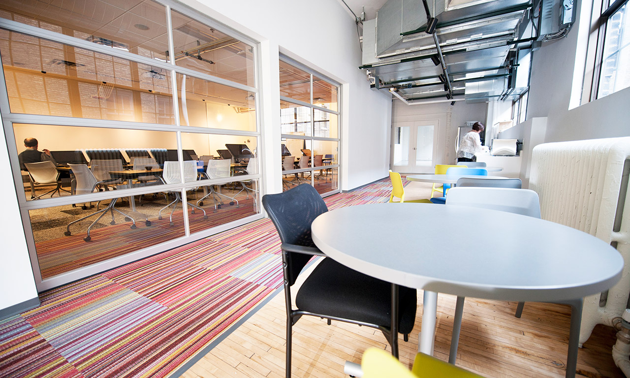 Calabrio} Office Photo