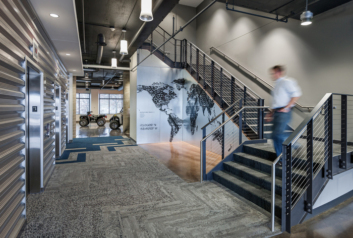 Polaris Industries} Office Photo